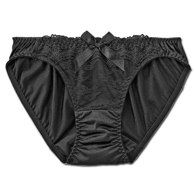 黒サテン×レースでSEXYなオトナの女性に♪スタイル写真