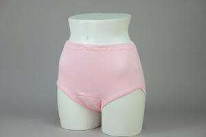 クラビオン女性用失禁パンツ ピンク色3枚組スタイル写真