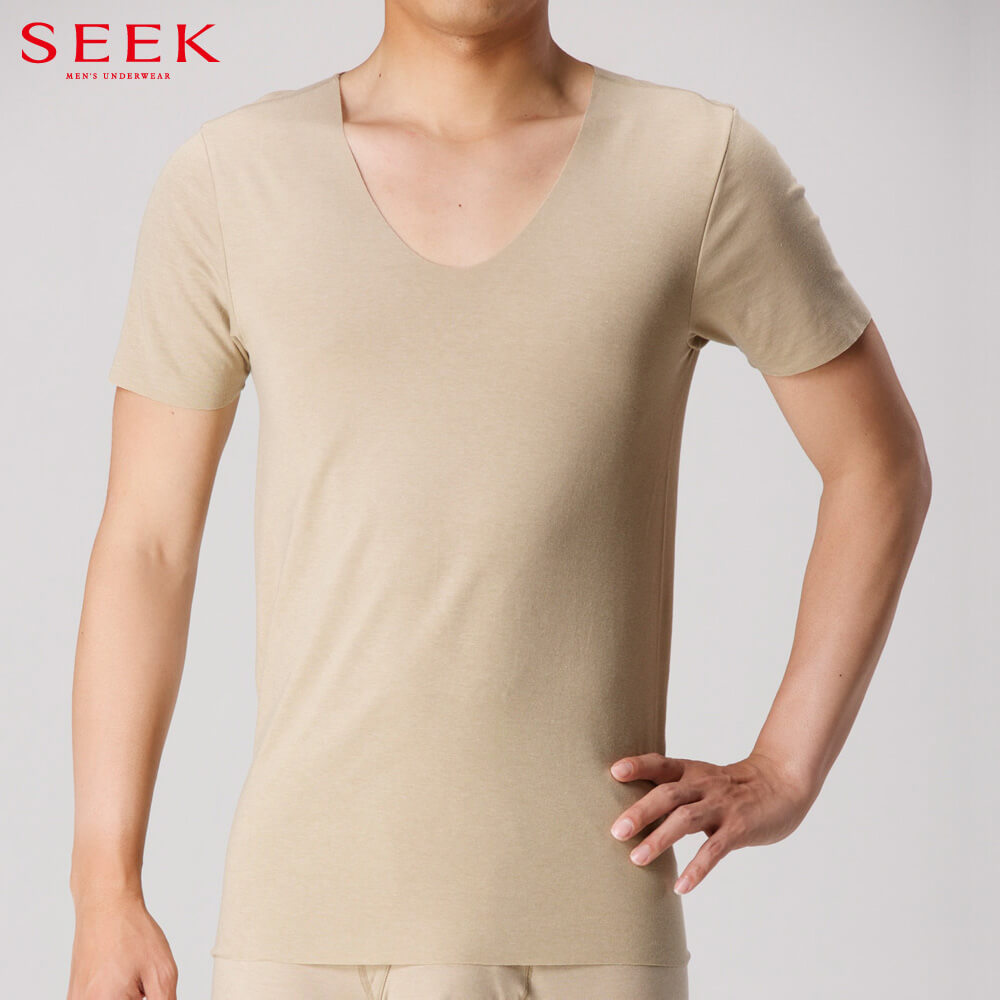 SEEK(シーク)【HOTMAGIC】UネックTシャツ(深めのUネック)(U首)(紳士)スタイル写真