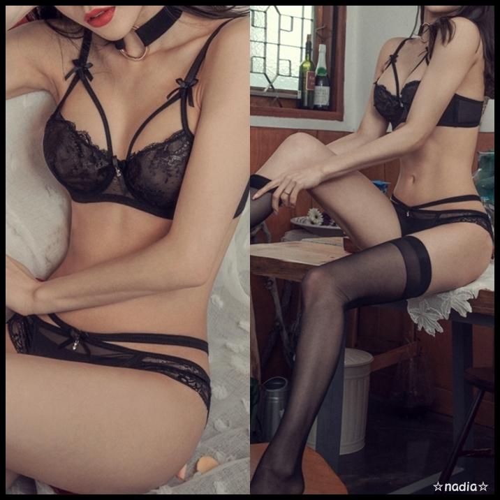 セクシーストラップレースブラ&ショーツSETスタイル写真