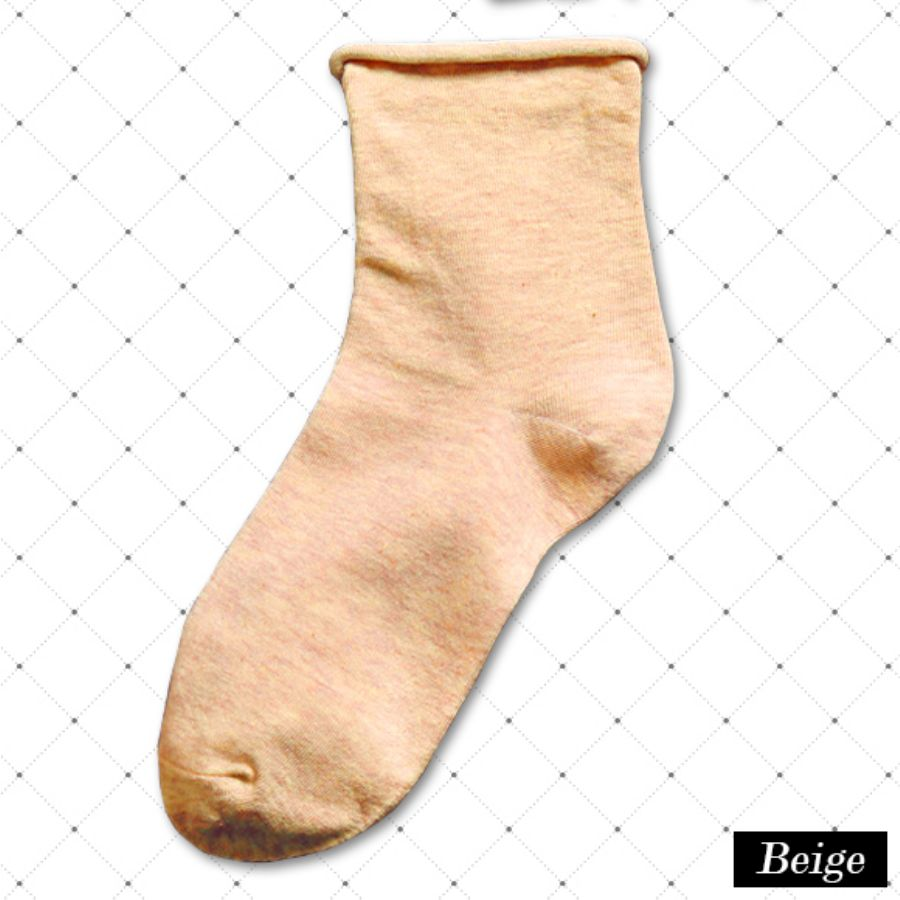 レディース 靴下 カラバリ 無地スタイル写真