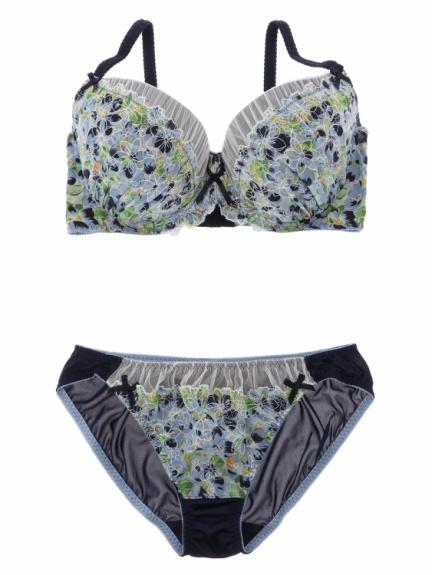 【Re-J&SUPURE】フラワー刺繍ブラ&ショーツスタイル写真