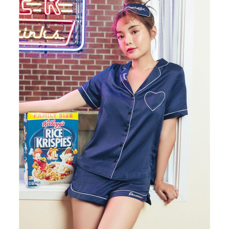 サテンセットアップパジャマ アイマスク付きカラー写真04