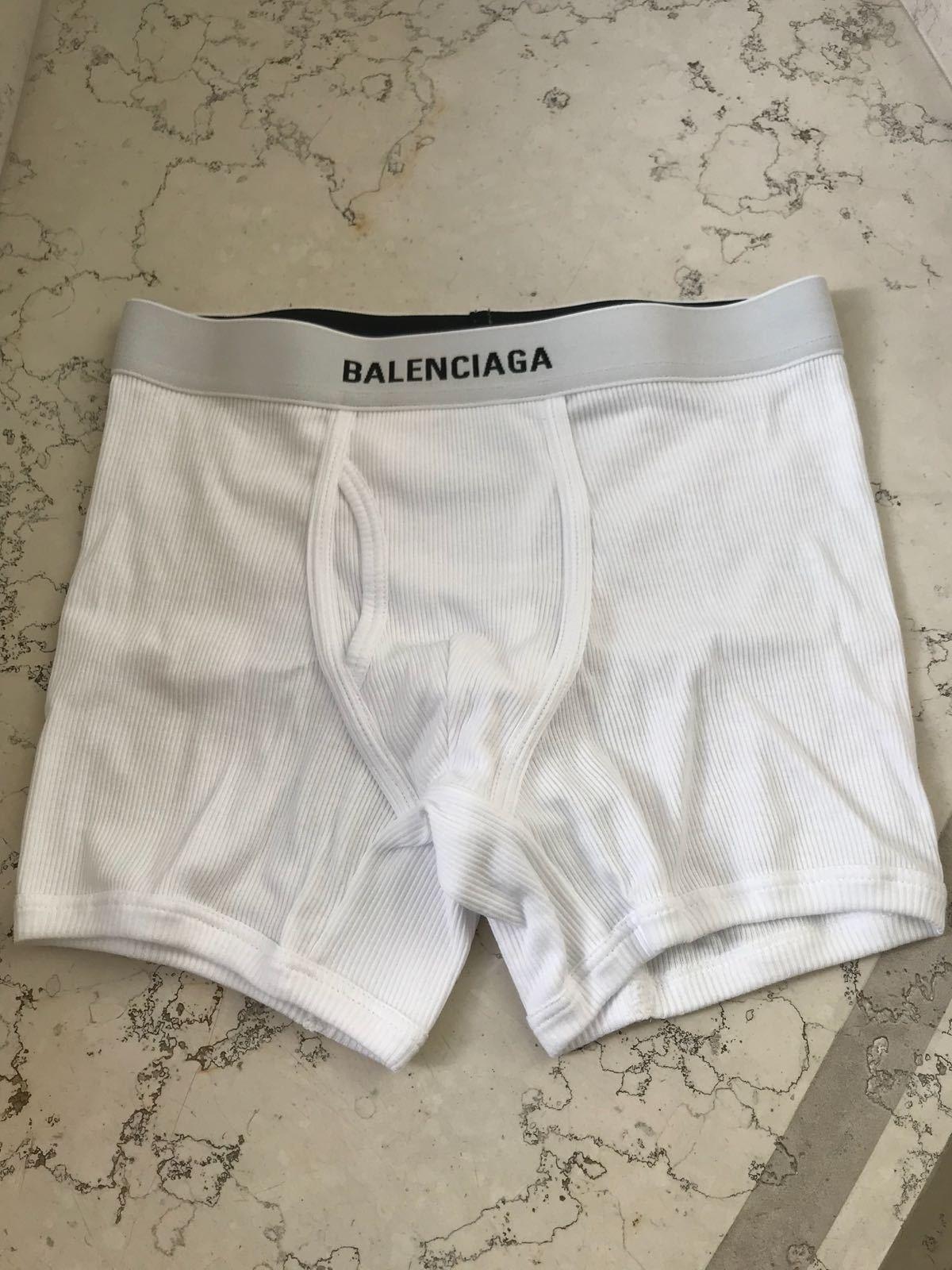 バレンシアガ新作ロゴボクサーパンツ3枚セット☆日本未入荷カラー写真01