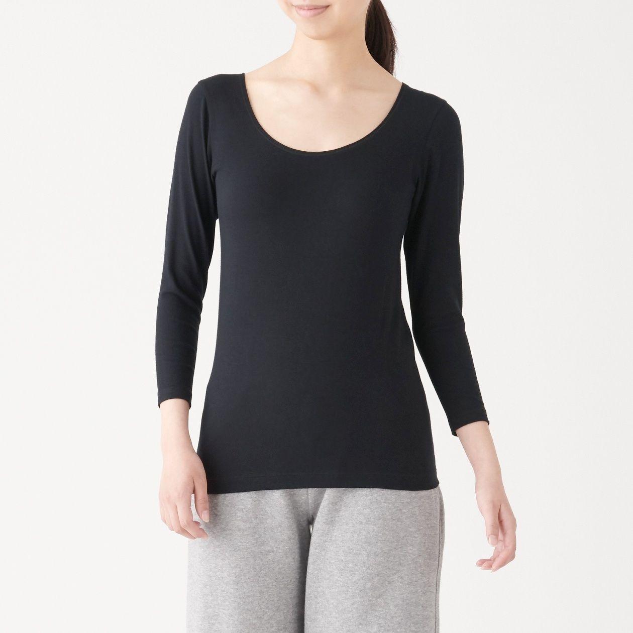 綿であったかUネック八分袖Tシャツスタイル写真