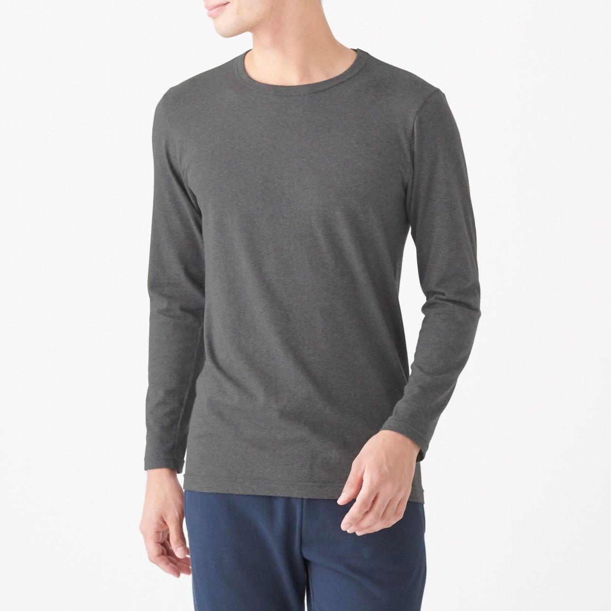 綿であったかクルーネック長袖Tシャツスタイル写真